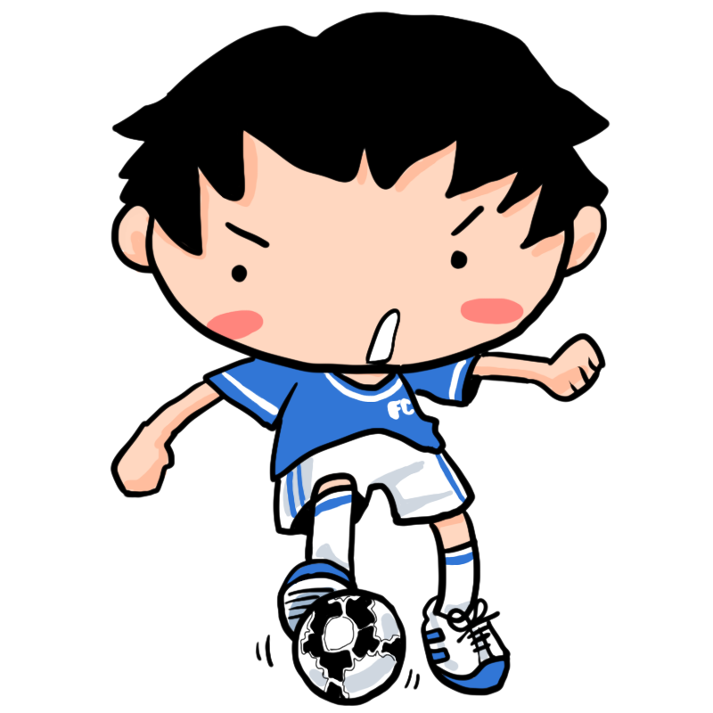 ドリブル突破かパスか足元でボールをコントロールするサッカー少年